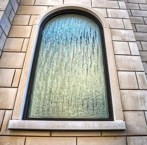 Photo d'une fenêtre fixe classique